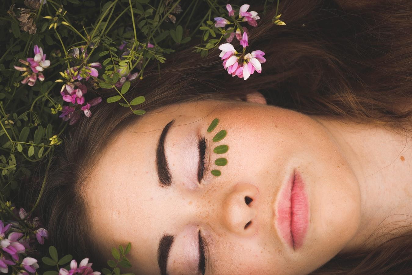 sept1 2 - Ansigtsbehandling: pleje for både krop og sjæl
