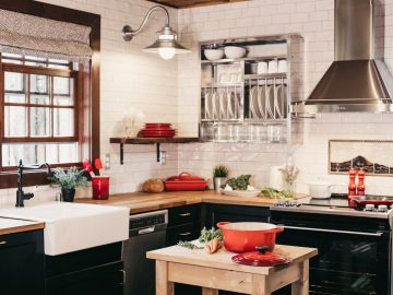 becca tapert uGak0qtrphM unsplash 360x270 - Tips til at indrette dit køkken