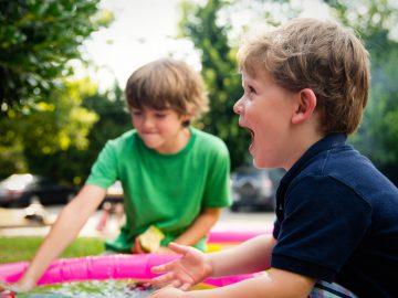 ashton bingham SAHBl2UpXco unsplash 360x270 - Hygge med børnene i juleferien