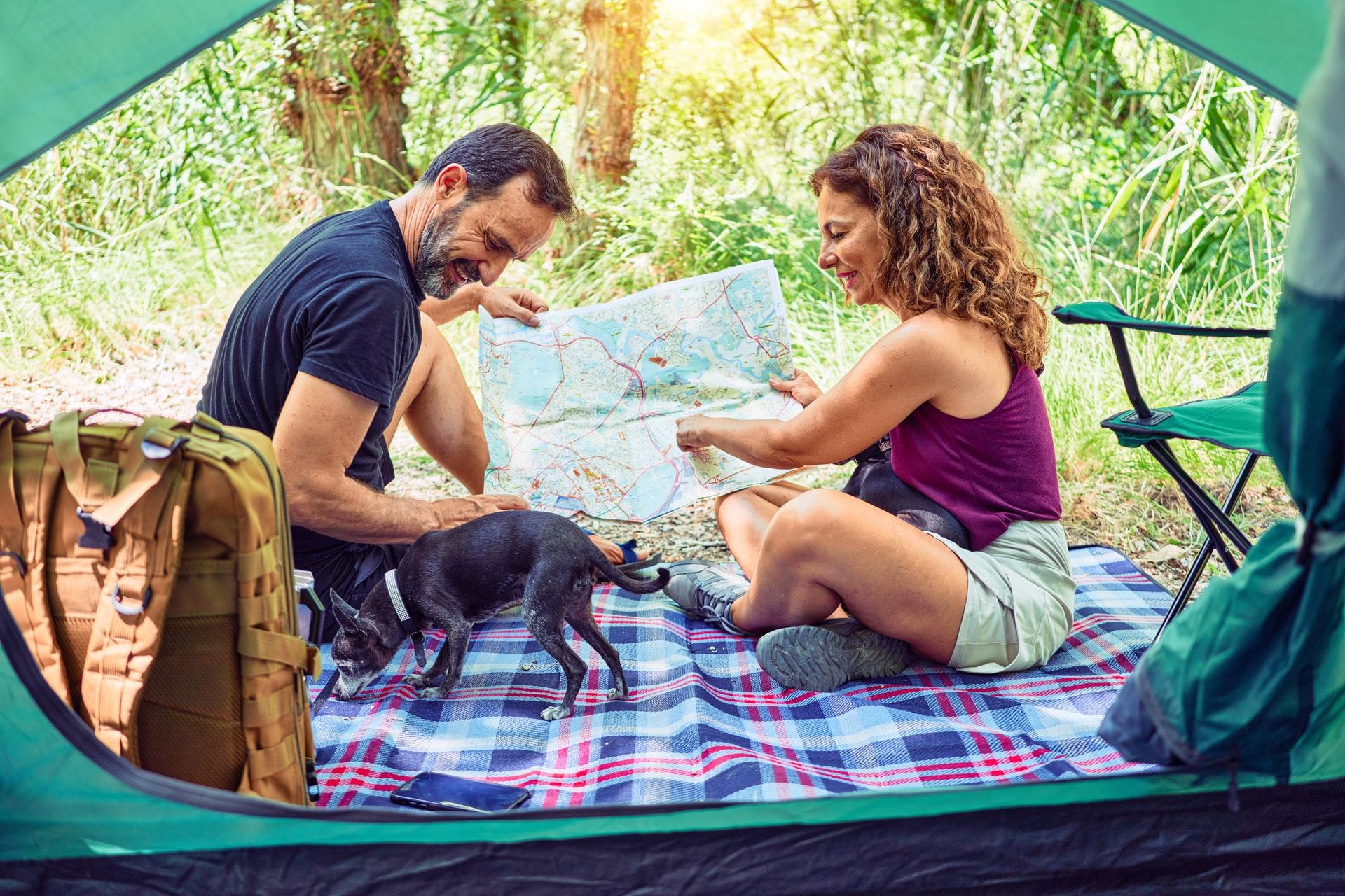 krakenimages 5HsCIUSeq7Q unsplash - Tag familien med på campingferie