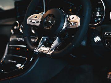 ambitious creative co rick barrett YzpnPiEVk3k unsplash 360x270 - Drømmer du om en Mercedes?